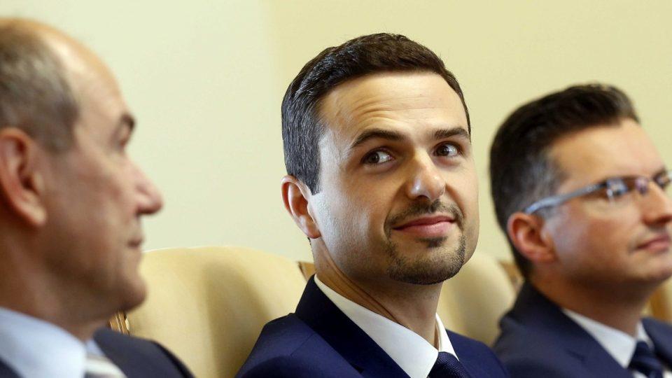 Словенскиот министер Тонин им се извини за воените ветерани за изоставувањето од прославата на Денот на државноста