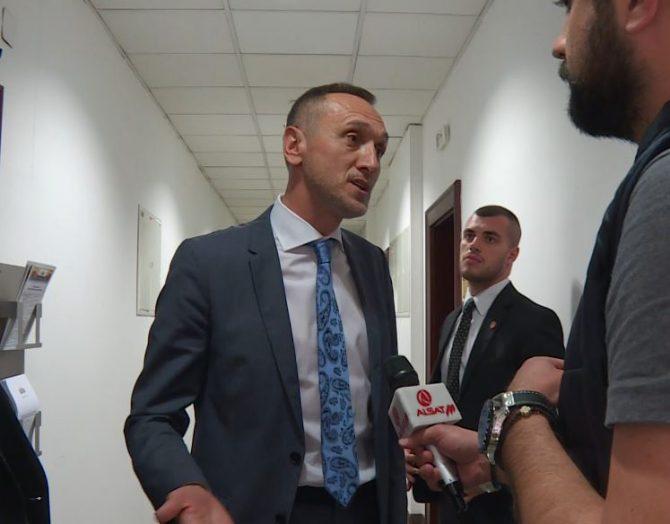 Знае ли Пендаровски за учеството на партиски состанок на СДСМ на директорот на Агенцијата за разузнавање, кој сега е во изолација?