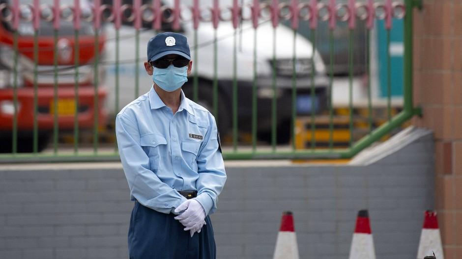 Пекинг воведува карантин поради вториот бран на коронавирусот