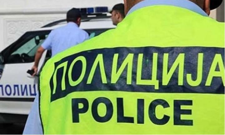 Со нож нападнати и повредени две лица во Ресен