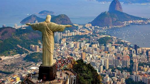 Врховниот суд на Бразил забрани полициски рации во фавелите
