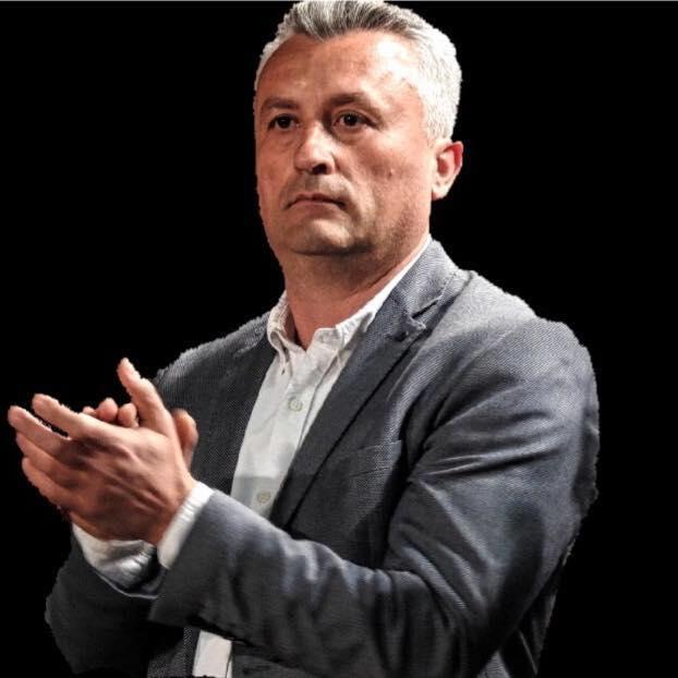 Сајкоски: Бев дел од групата на македонски интелектуалци која испрати отворено писмо и го крена гласот против негирањето на македонскиот јазик, култура и историја