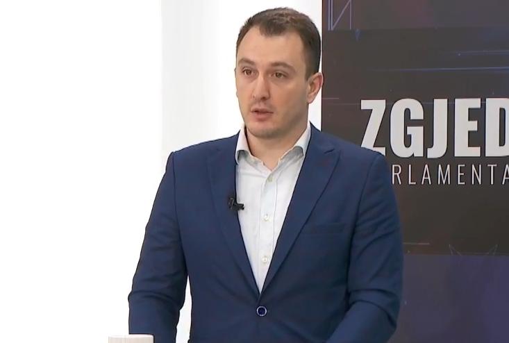 Андоновски: ВМРО-ДПМНЕ сака договори за партнерство, а не договори кои на соседите ќе им се алатка за да ја кочат интеграцијата на Македонија