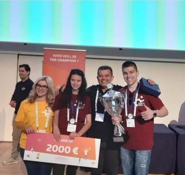Средношколецот Христијан Андовски од Велес освои второ место на Европскиот квиз на парите