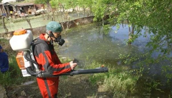 Во Скопје од денеска до петок терестрично прскање против комарци