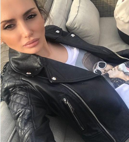 Емина Јаховиќ има ново момче милионер?!