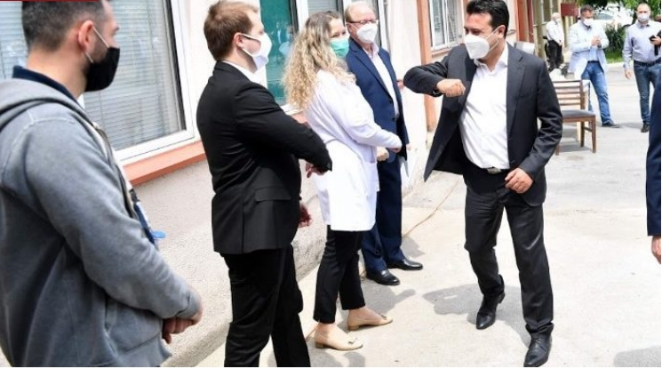 Заев заборава дека не е ниту премиер ниту градоначалник: Во кое својство се појави на денешниот настан во Струмица?