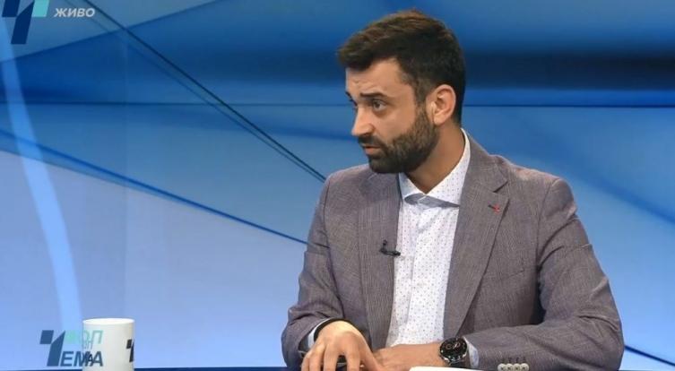 Директорот на јавно здравје вели нема да се отворат границите, а Заев бара избори