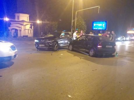 Детали за сообраќајката во Кисела Вода: Две лица со Брза помош однесени во болница
