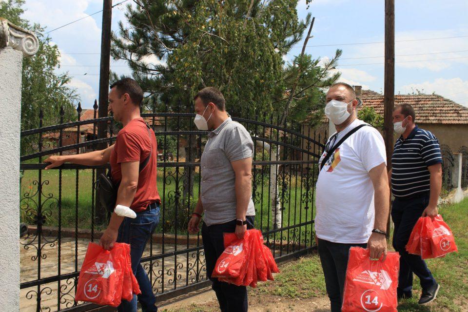 Јанушев на терен: Граѓаните ја прифаќаат обновата
