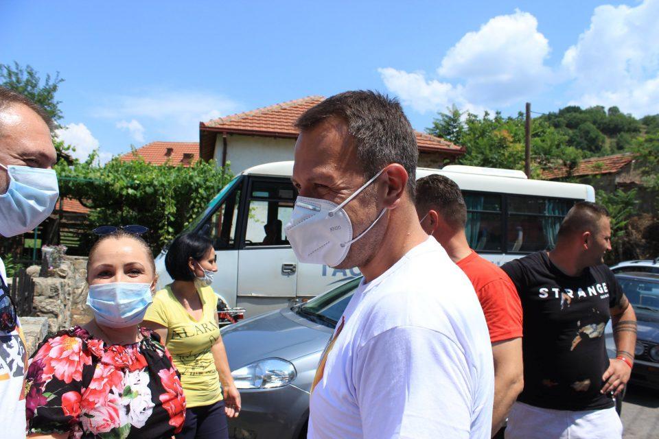 Јанушев на средба со граѓани во неколку македонски села