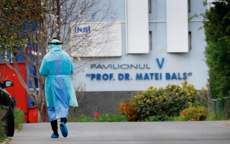 Стотици заразени пациенти со новиот коронавирус ги напуштија болниците во Романија