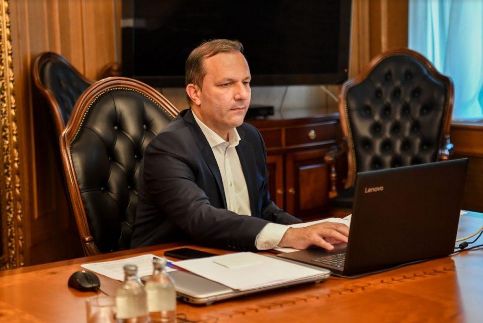 Техничкиот премиер Спасовски на панел-дискусија за состојбата на Ромите