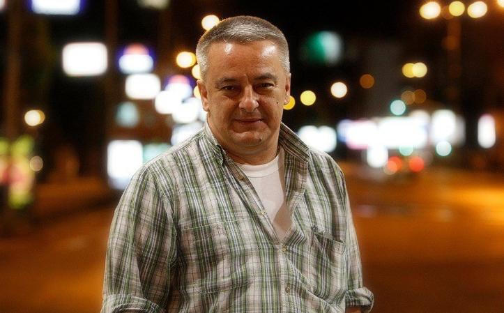 Вечерва физички нападнат колумнистот и аналитичар Агим Јонуз