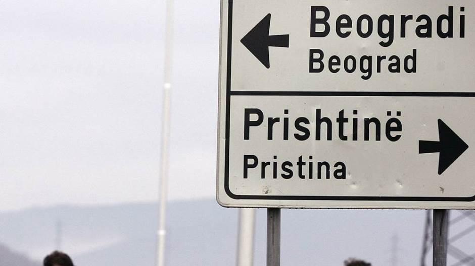 Во Брисел продолжува дијалогот Белград-Приштина