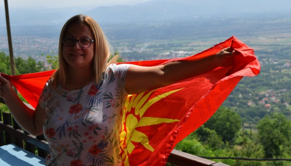 Стојаноска: Денеска Македонија победува и сите оние кои што живееле за нејзината правда и слобода