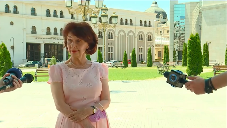 Силјановска: Во обновата која следува 40% од министерствата ќе бидат раководени од жени