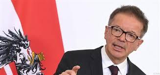 Аншобер: Забраната за слетување во Австрија не значи затворање на границата за земјите од Западен Балкан