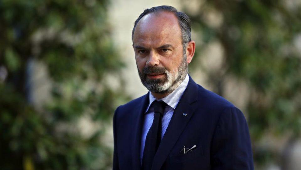 Истрага против поранешниот француски премиер и министри поради Ковид-19