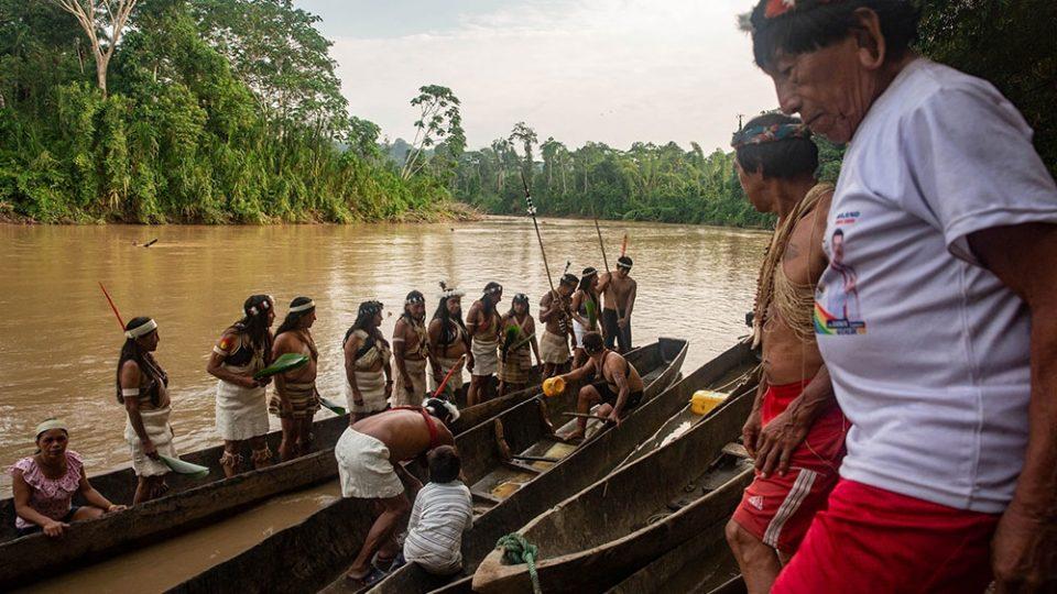 Еквадорски домородци заробија, па ослободија шестмина