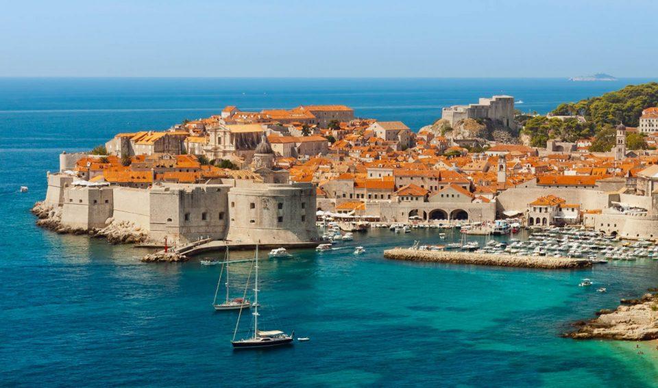 Хрватска со најголеми загуби во БДП поради туризмот