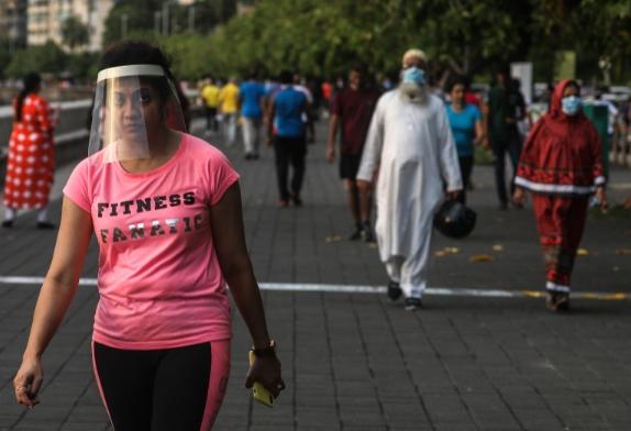 Индија го мина Бразил по бројот на заразени со Ковид-19