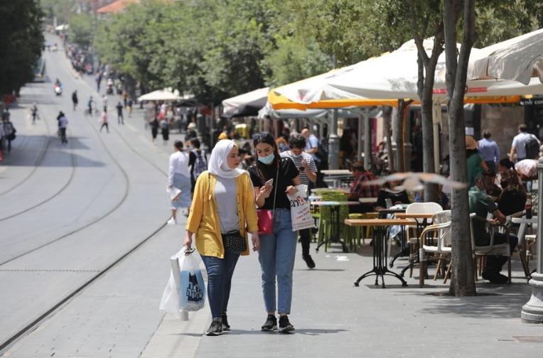 Израел на чекор пред укинување на сите ограничувања воведени против коронавирусот