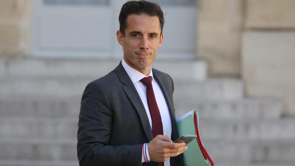 Франција ќе и помогне на државната железничка компанија СНЦФ со неколку милијарди евра