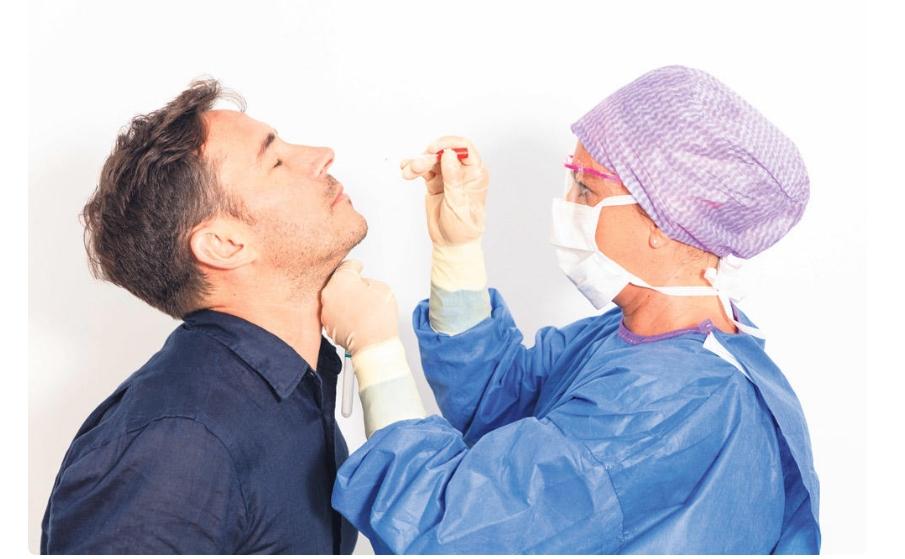 Докторите открија на кои луѓе коронавирусот не им може ништо