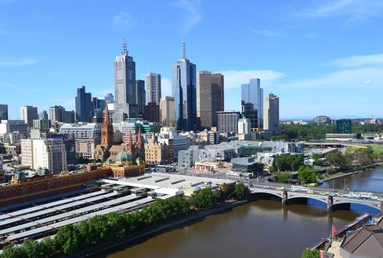 Австралија нема да брза да ги отвори границите