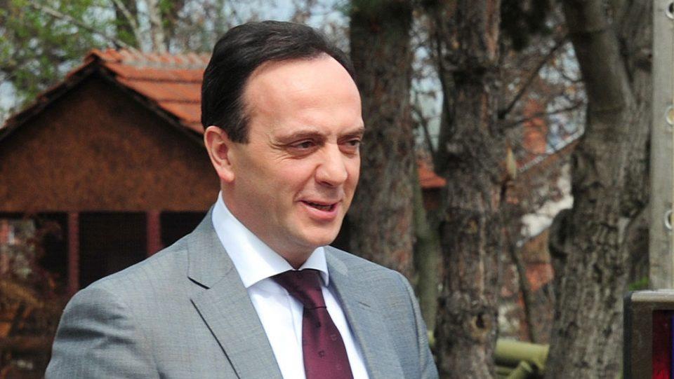 """""""Мијалков одработува и е во скутот на Заев со цел да се спаси од сомнежите за криминал против него, судиите забораваат да закажат рочиште кога тој е во прашање"""""""