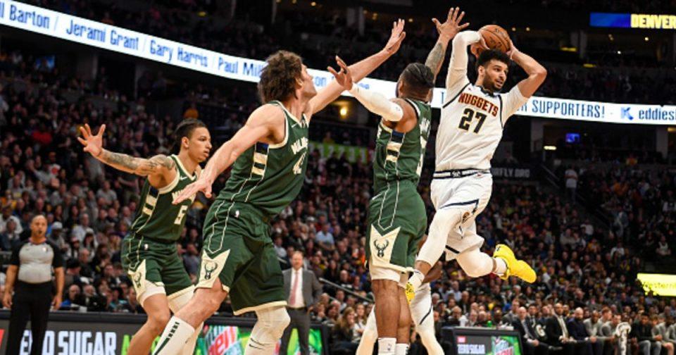 Милвоки израмни со Феникс во финалето на НБА