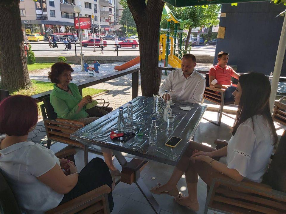 Мисајловски на кафе со носителот на ИЕ 1 Силјановска-Давкова: Граѓаните веруваат во визијата за Обнова на Македонија и ни ја даваат својата неизмерна поддршка