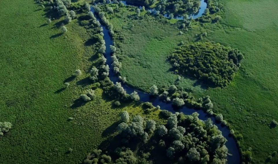 Уникатен природен феномен: Оваа река тече кон својот извор (ВИДЕО)