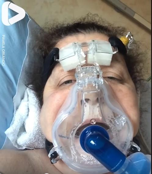 ШОК ВИДЕО: Медицинска сестра ги снимила последните денови пред коронавирусот да ја победи