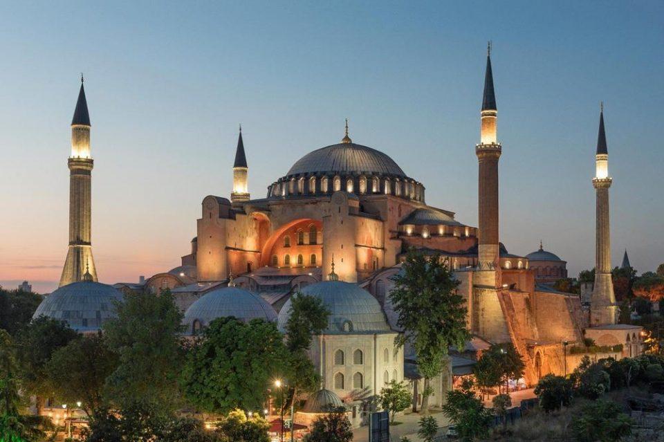 Светот во 2020: Аја Софија – од црква до џамија
