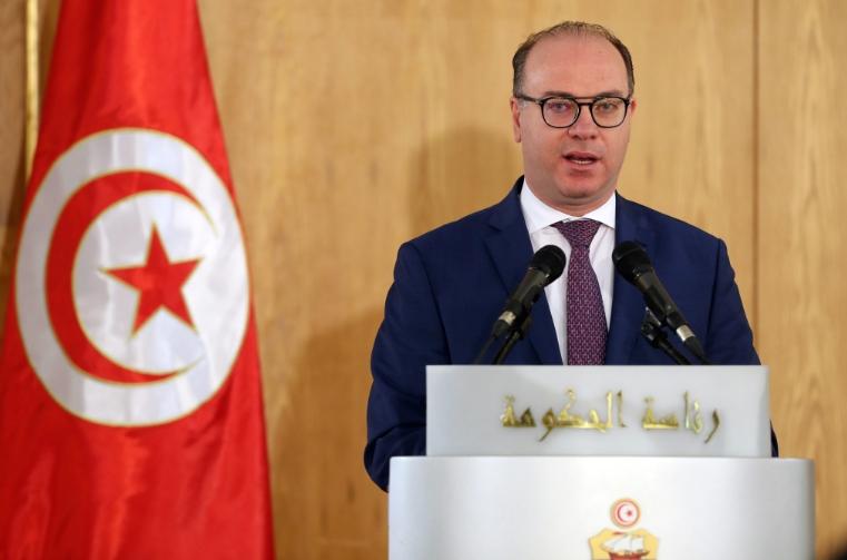 Премиерот на Тунис поднесе оставка