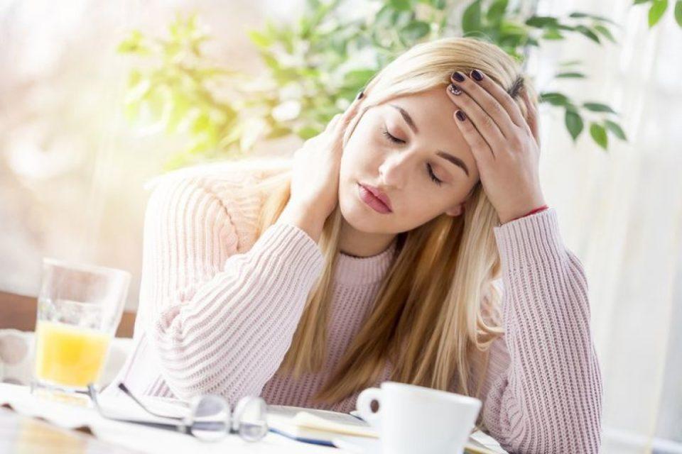 Знаци дека сте емоционално нестабилни и како да се ослободите од стресот!