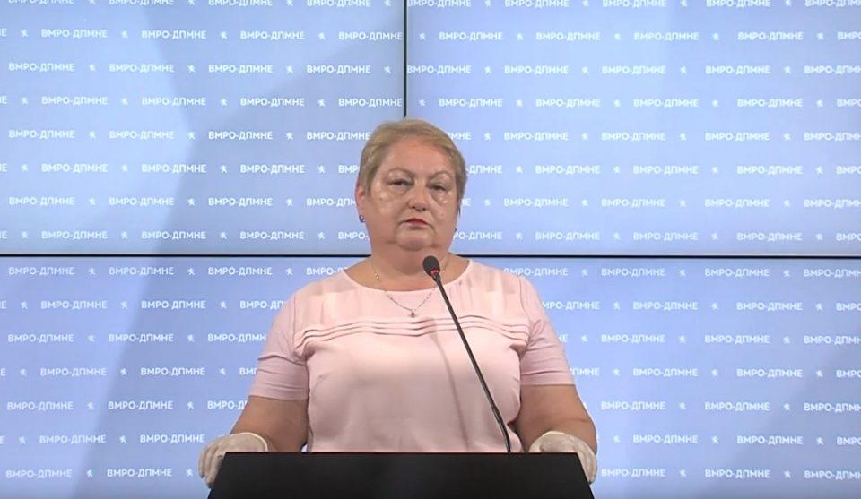 Јаневска: Во Владата не мислат како да се справат со корона кризата и не знаат