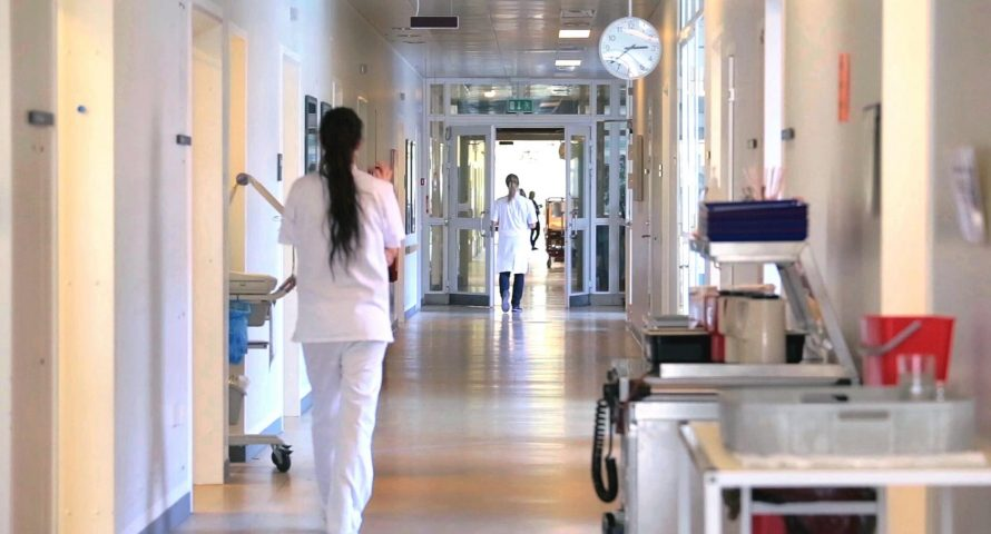 Вработена на Клиника нападната од пациент