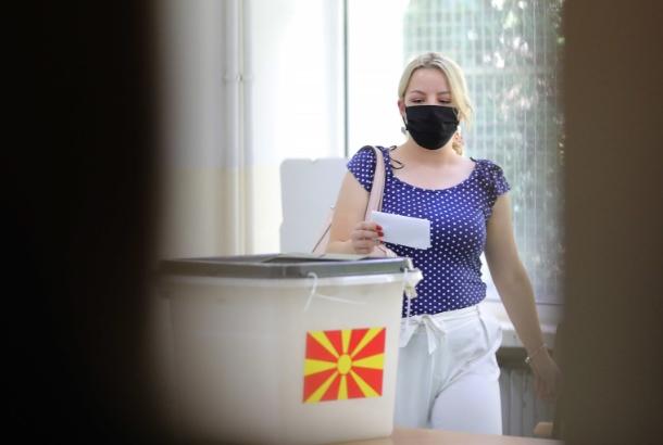 На гласање задолжително носете заштитна маска