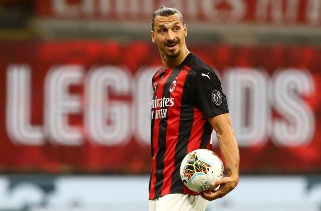 Ибрахимовиќ останува во Милан, платата – шест милиони евра!
