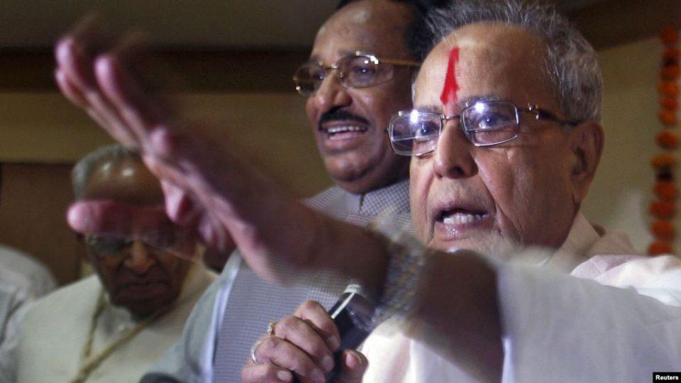 Поранешниот индиски претседател Пранаб Мукерџи почина од Ковид-19
