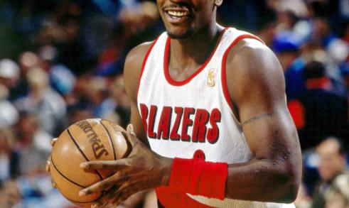 Светот во неверување- уште една НБА ѕвезда замина во легендите, почина славниот кошаркар (ФОТО)