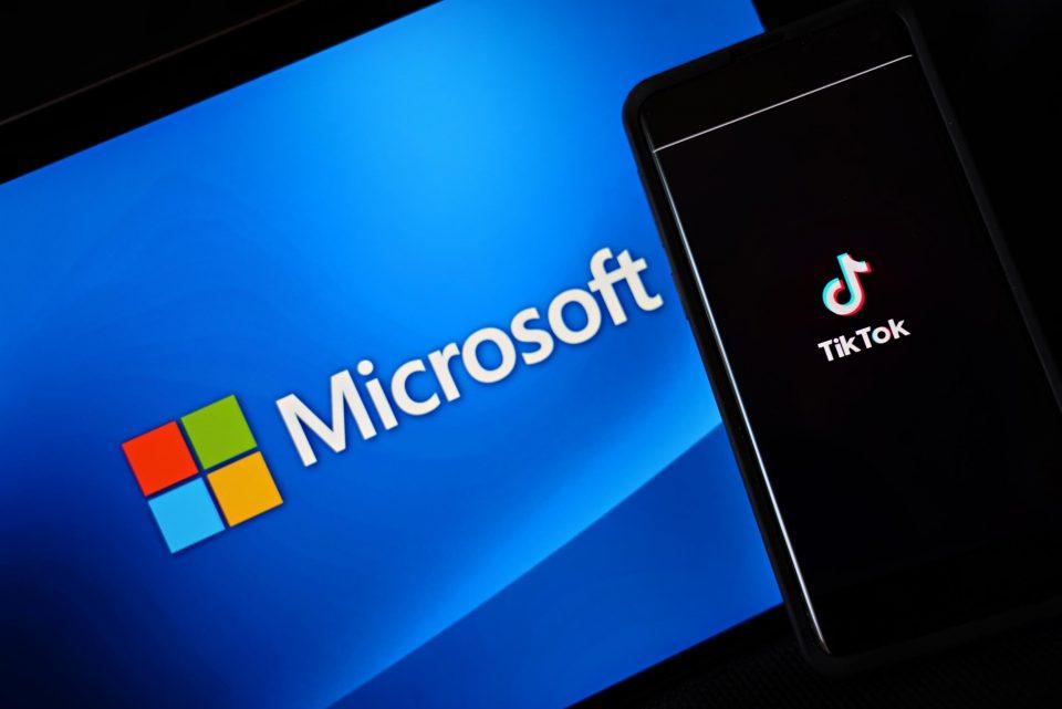 Мајкрософт го купува Тик Ток