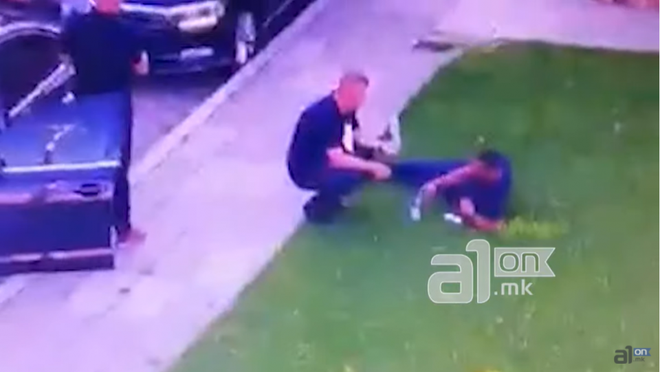 ВИДЕО: Обезбедувањето на Талат Џафери залегнато во тревникот пред Собрание