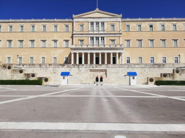 Демарш од Атина до Анкара за француски истражувачки брод
