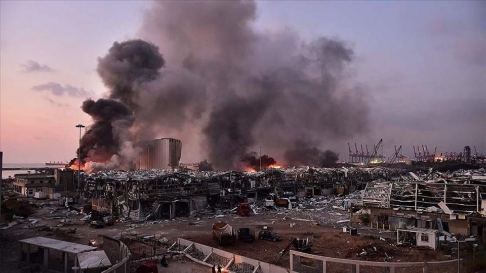 Британски научник: Експлозијата во Бејрут е трета по моќност во историјата по бомбите во Хирошима и Нагасаки