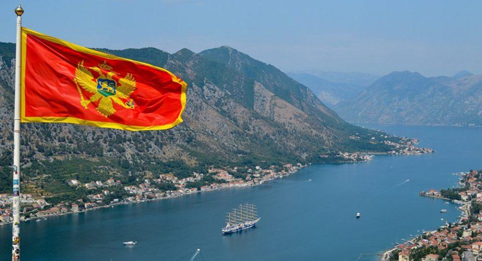Отворени сите избирачки места во Црна Гора