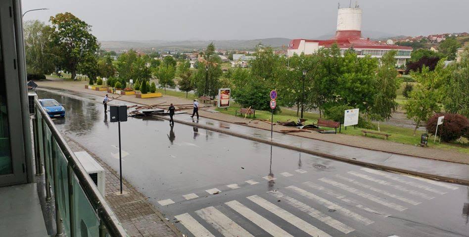 ФОТО: Невремето направи хаос во Делчево